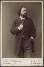 Nicht ins Heft gelangt: Porträt Paul Heyse, der diesen Weg zwischen 1878 und 1985 immer wieder fuhr und diese Fahrten auch zum Konversationsstoff mit Theodor Storm gemacht hat.