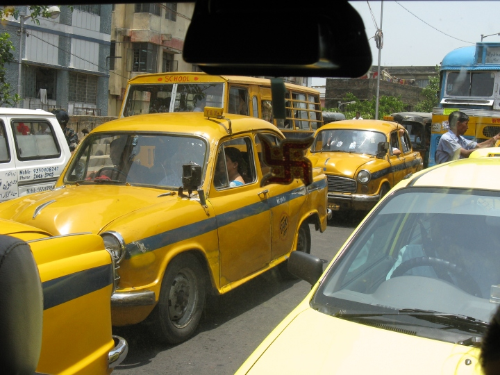 Ambassador_taxi_(7169486137)